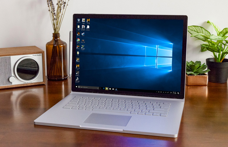Surface 2 15 inch display with thinner Bezels