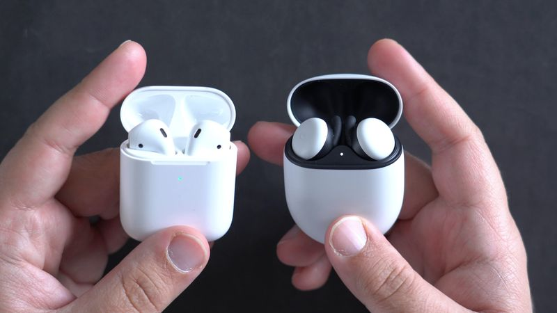 The Pixel Buds 2 case size against AirPods 2 case