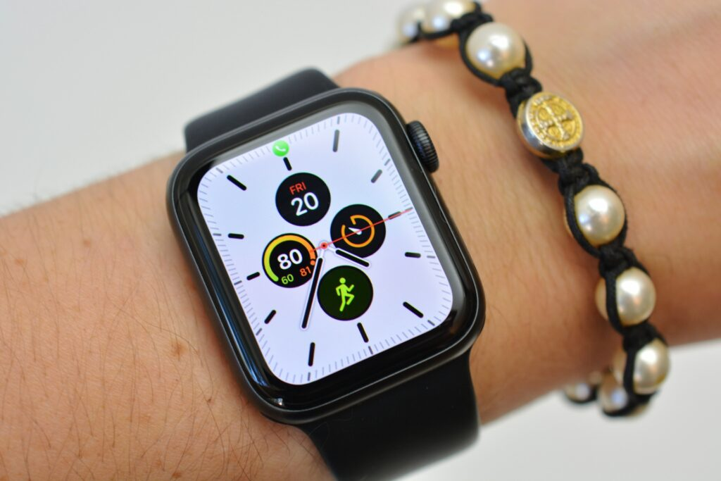 create and share apple watch faces