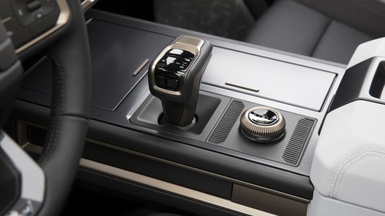 GMC Hummer EV 2022 gear system