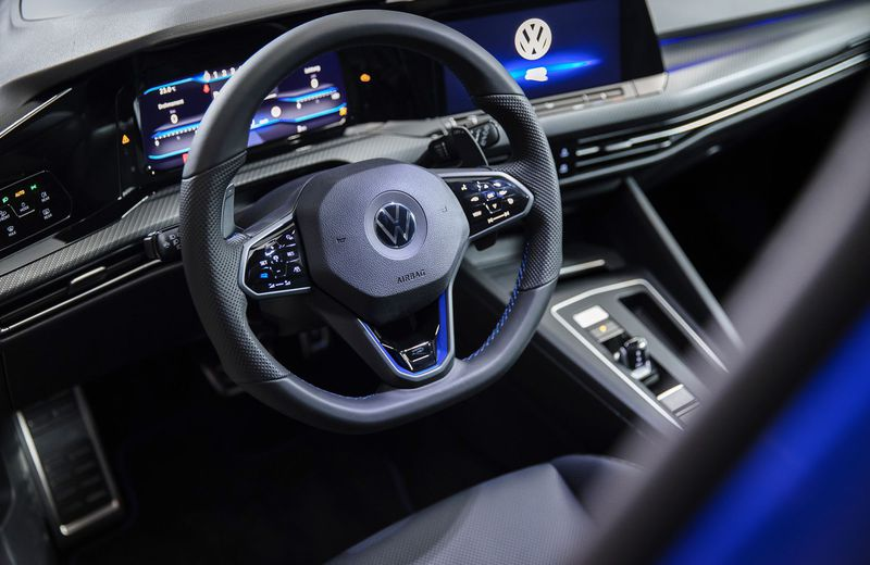 The steering wheel has has the flattened base much like we see in fast cars because this is obviously one of such